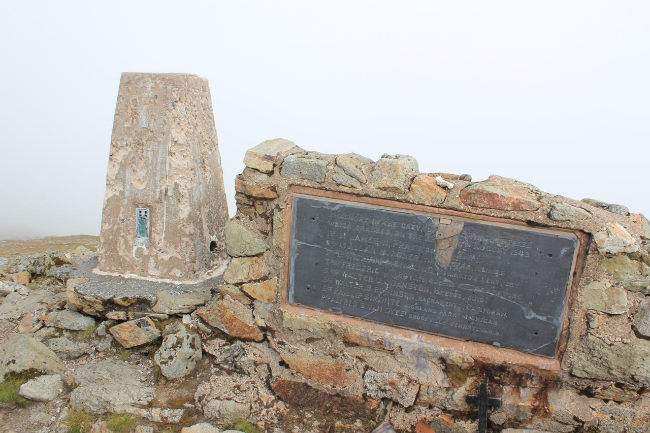Summit cairn and memorial Arenig Fawr