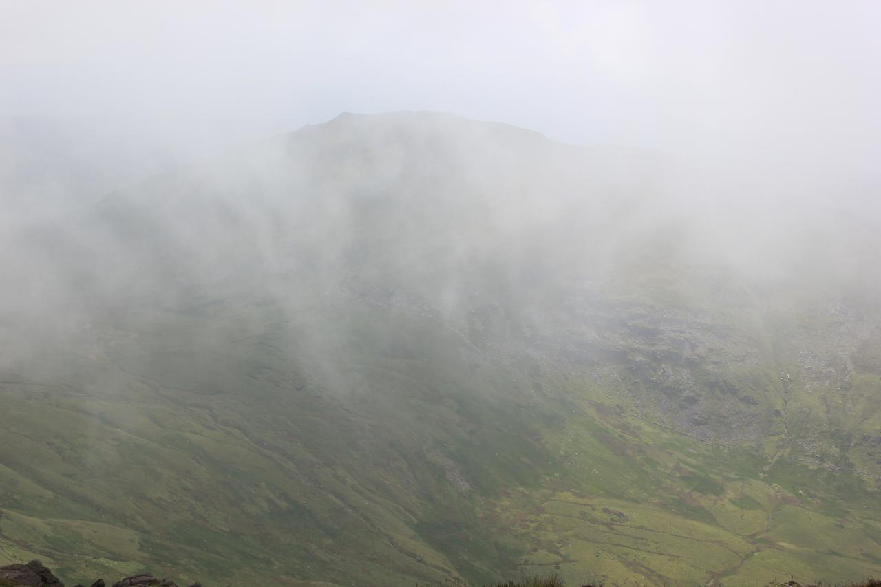 Moel Llyfnant appears from the mist